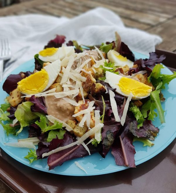 Ma Chocolatine - Salade César au poulet mariné